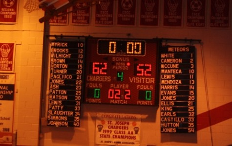 Chargers hold off De La Salle and improve to 5-2