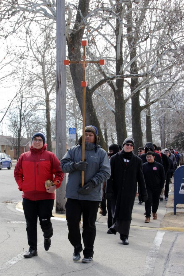 Chargers make Ash Wednesday pilgrimage through neighborhood